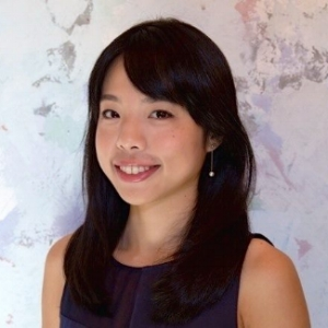 Motomi-Tanaka-Headshot.jpg