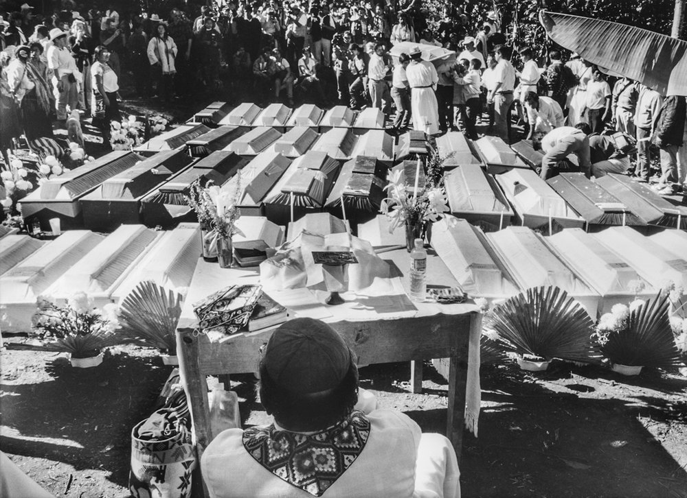 Los Funerales de Acteal / Funeral for the Acteal Victims