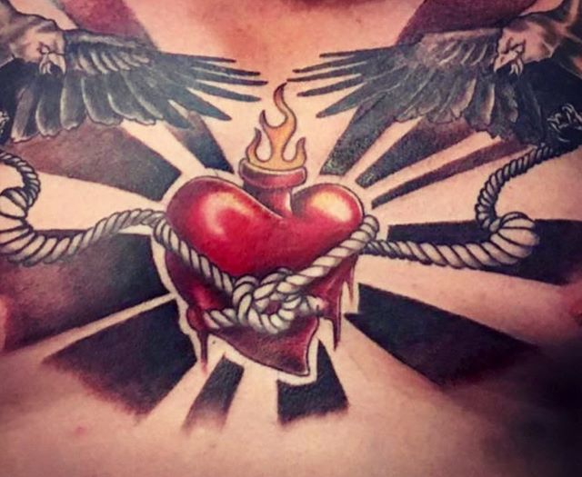 Heart ♥️ on !! This Valentine's Day consider gifting the art of a tattoo to your sweetheart!  Gift cards available in any $$$ denomination!  @branded_souls_tattoos  Checkout Branded Souls Tattoo fb page to view his entire portfolio. ♥️♥️♥️. . . #valentinesday #giftidea #giftsforhim #giftsforher #giftforyou #giftcards #loveday #makeithappen #dontforget  #♥️ #love #winnipegtattoos #winnipegtattooartist #tattoos #tattooideas #winnipegsalon #finditdowntown #exchangedistrictwinnipeg #crownandbeautyboutique #brandedsoulstattoos