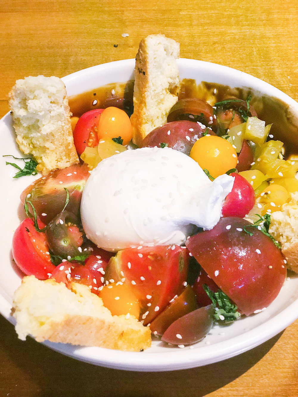 Heirloom Tomatoes & Burrata :  basil, pickled green tomatoes, balsamic-sorghum glaze, biscuit crackers