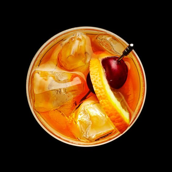 Drinks as Art. - Isn't this gorgeous?! It's a series of photographs from artist, Rob Lawson, and his series