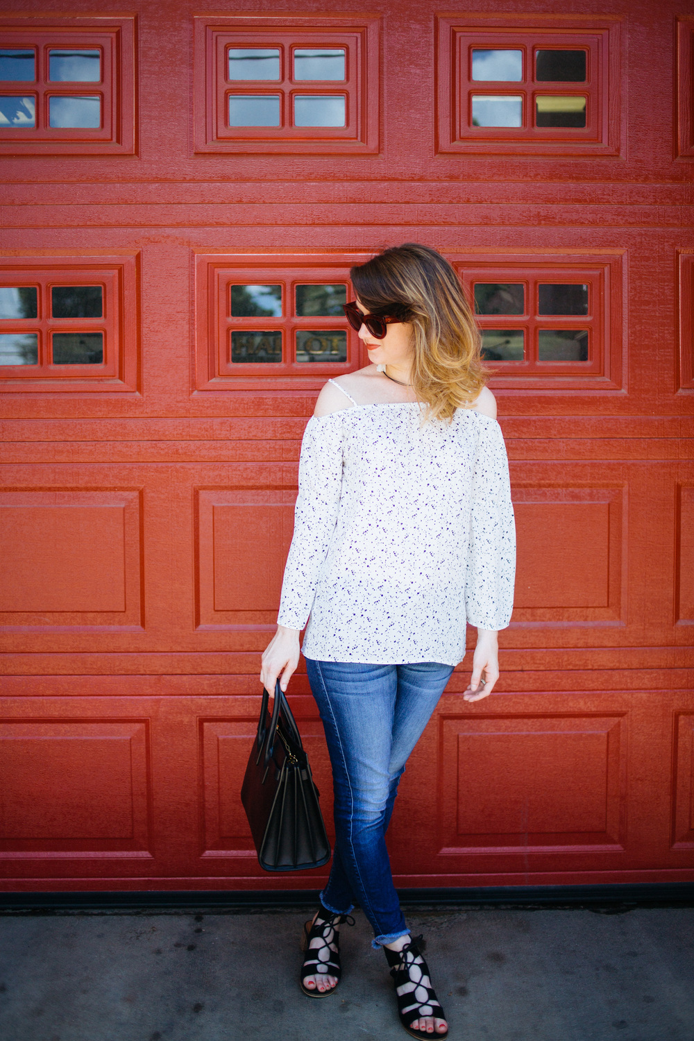 the perfect cold shoulder top || www.polishedclosets.com