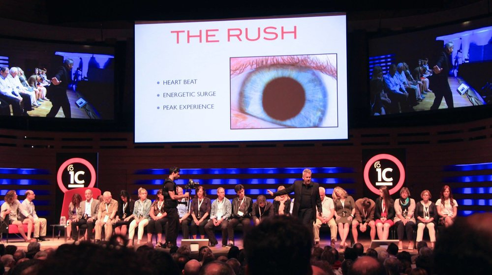 IdeaCity 2014: Albert Nerenberg attempts to demonstrate the effects of drugs and alcohol can be replicated by hypnosis. CC BY-SA 4.0