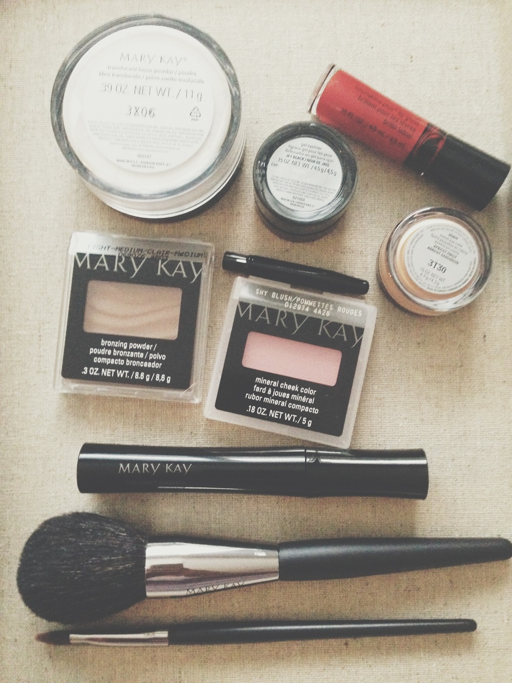 All the Mary Kay goodies from my VoxBox. #amazing