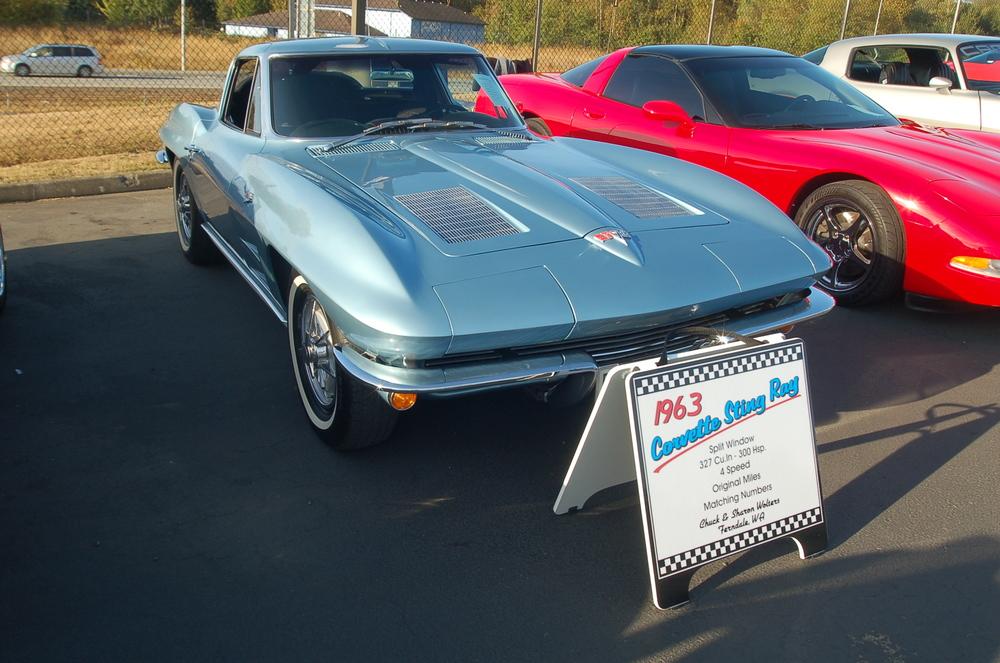 Chuck Wolters 1963 Corvette.JPG