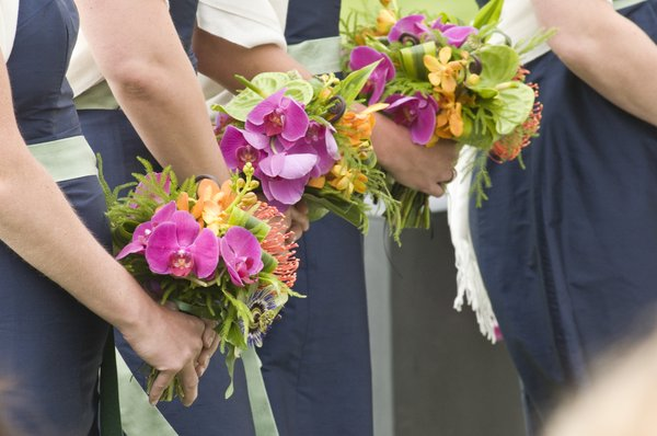 Amy's Bridesmaids Bouquets.jpg