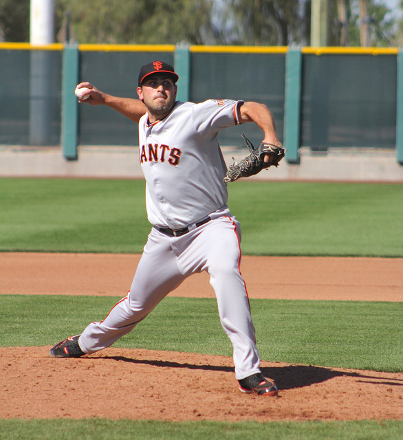 Daryl Maday pitching in minor league spring training in Scottsdale, Ariz. (Conner Penfold / Giant Potential)