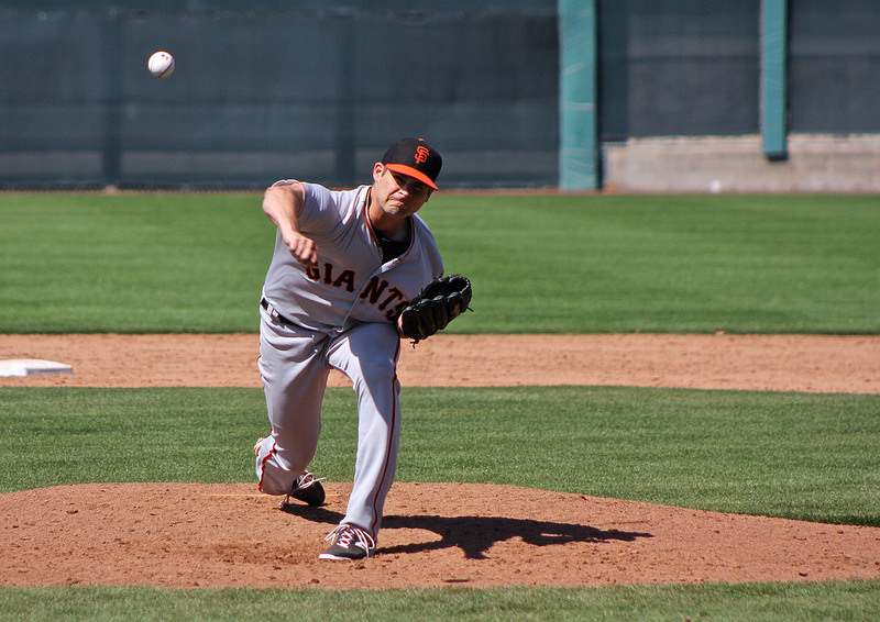 Cody Hall throwing at the Giants minor league facility during 2014's spring training. (Conner Penfold / Giant Potential)