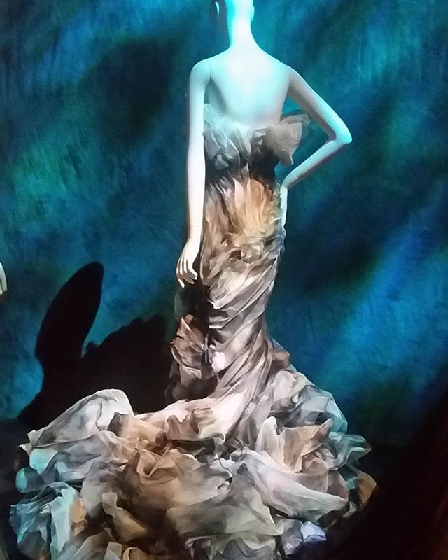 Pardon me while I have a fashion moment. Finally had a chance to see the  #FairyTaleFashion exhibit at @museumatfit AMAZING!!!! Check out the link in the bio for more details and pics. Exhibit ends April 16th.  #Costumes #Fashion #Gowns #Couture  #FairyTales #JeanLouisSabaji #thelittlemermaid #art