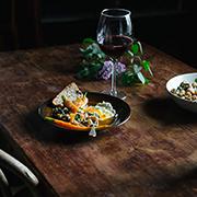 Fasola ze szpinakiem, cytryną i orzechami (i glazurowane marchewki)