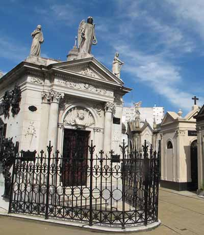 CementeriodelaRecoleta © Iris Hannema