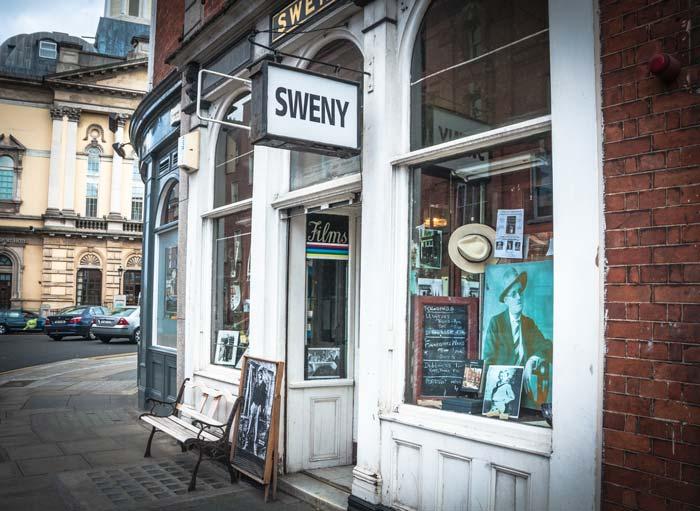 Sweny © David Bronkhorst