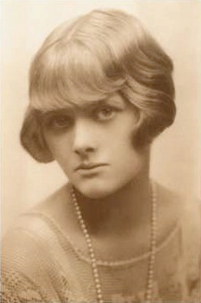Jonge Daphne Maurier in 1930 ©  The Chichester Partnership
