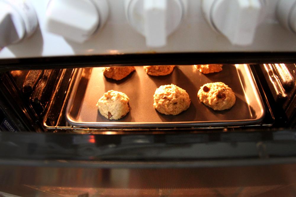 cookies baking