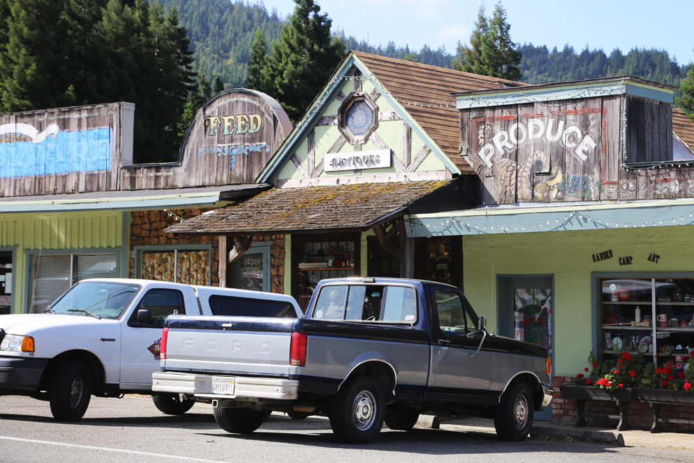 Quaint town on Avenue of the Giants