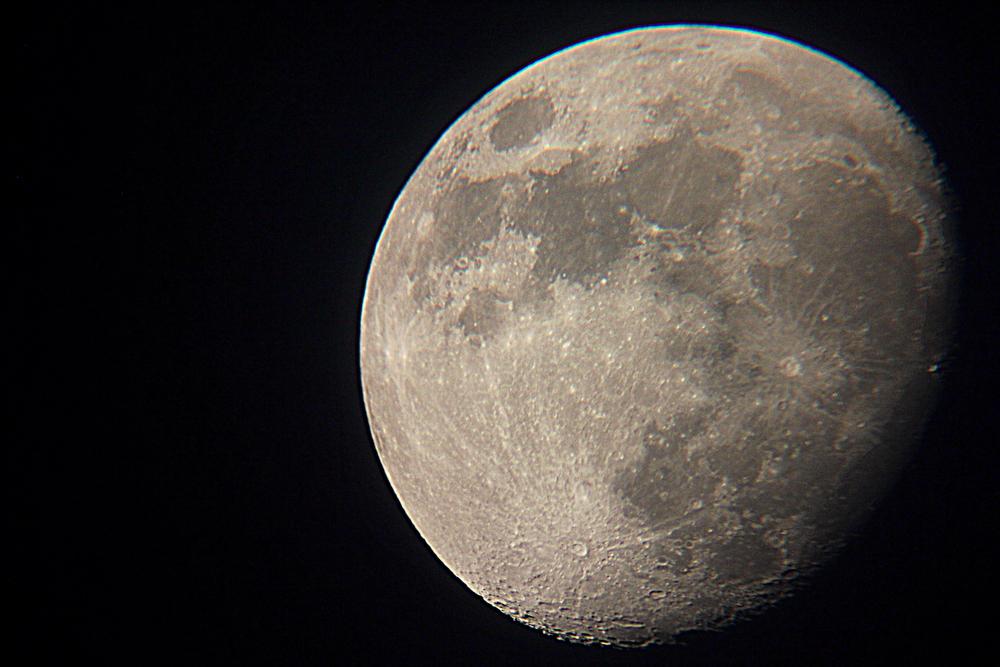 30.6.12 The moon.JPG