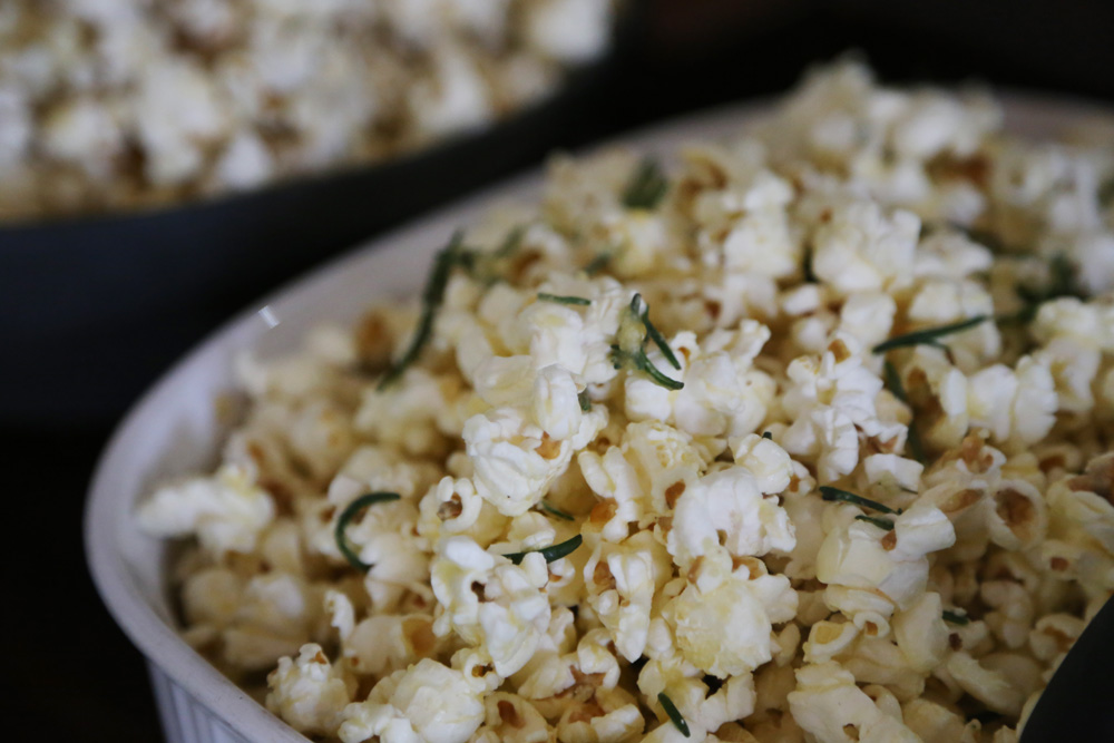 Garlic, parmesan, and rosemary popcorn