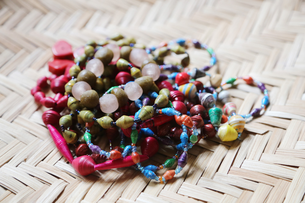 laboring beads