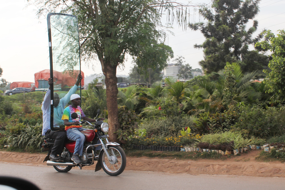 windshield on a boda