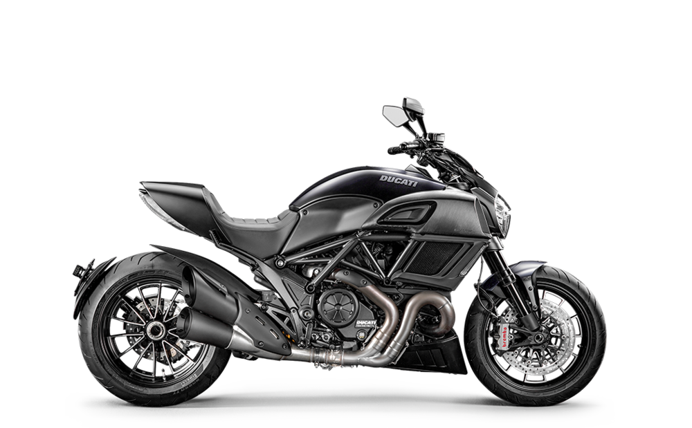 Diavel-MY18-Dark-01-Model-Preview-1050x650.png