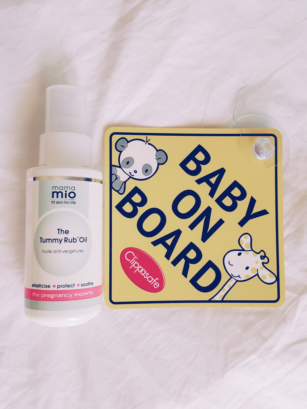 mama-mio-the-tummy-rub-oil
