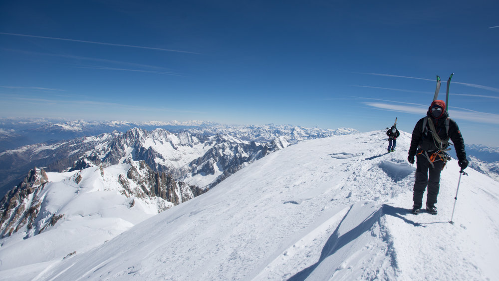 Mike and Mik finishing off the rest of the ascent to Mont Blanc's Summit