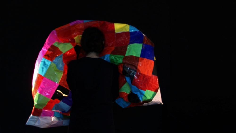 Neon, 2010