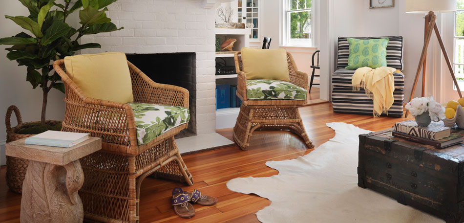 Drh style blog darby road home for Outdoor furniture indoors