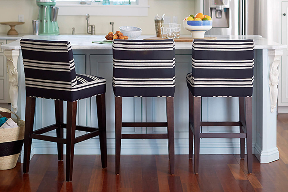 barstools-navy-white-kitchen.jpeg