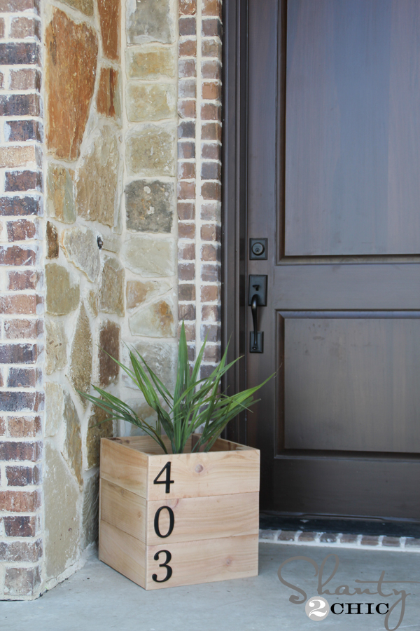 Planter-box-house-number-.jpeg