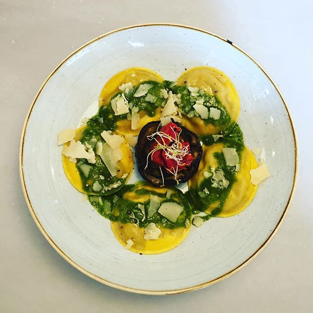 5 panciottis como 5 soles ☀️☀️☀️☀️☀️ #granjelicious #panciotti #pasta #homemade #pesto