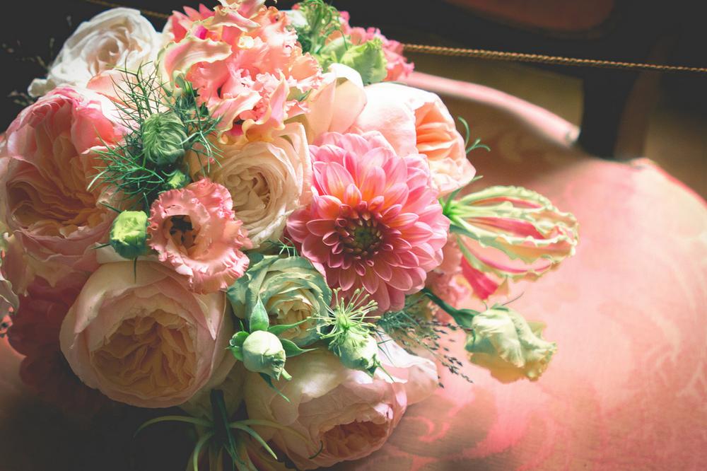 Wedding, Bride, Museum Van Loon, bruiloft Flower florist amsterdam bloemist bloemen Bloemen Bloem A.P Bloem Amsterdam Prinsengracht Bloemenwinkel Lifestyle Bridal Bouquet, Bruid Boeket, Ring Marriage,