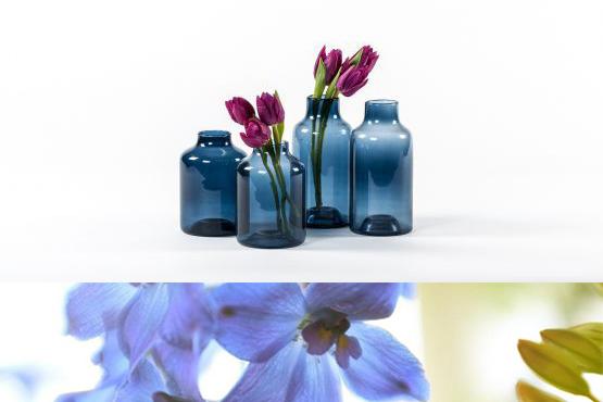 A.P Bloem Florist Amsterdam Bloemist Bloemenwinkel Flowers Florist Amsterdam Kerkstraat vase handblown glass handmade blue vase