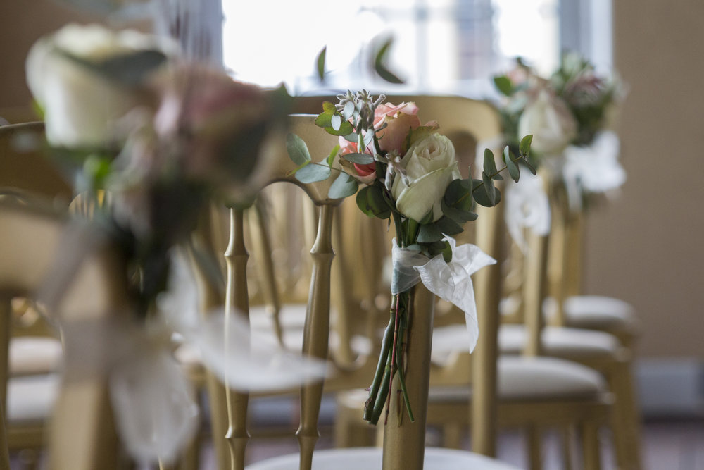 #apbloem #florist #wedding #trouwlocatie #trouw #waterways #holland #manorhouse #Klassiek #Landelijk #Romantisch #groen #Noordholland # wedding # Love #marriage #bride #groom #trompenburgh #bloemist #shop #kerkstraat #bloemen #stijl #styling #floristry #bloemenwinkel #colour #kleur #arrangement #floral #artisan #handmade #goldenage #luxury #VerenigingHendrickdeKeyser #vip #bruid #bridal #Receptie #diner #tafels  #stoel #lint #aisle