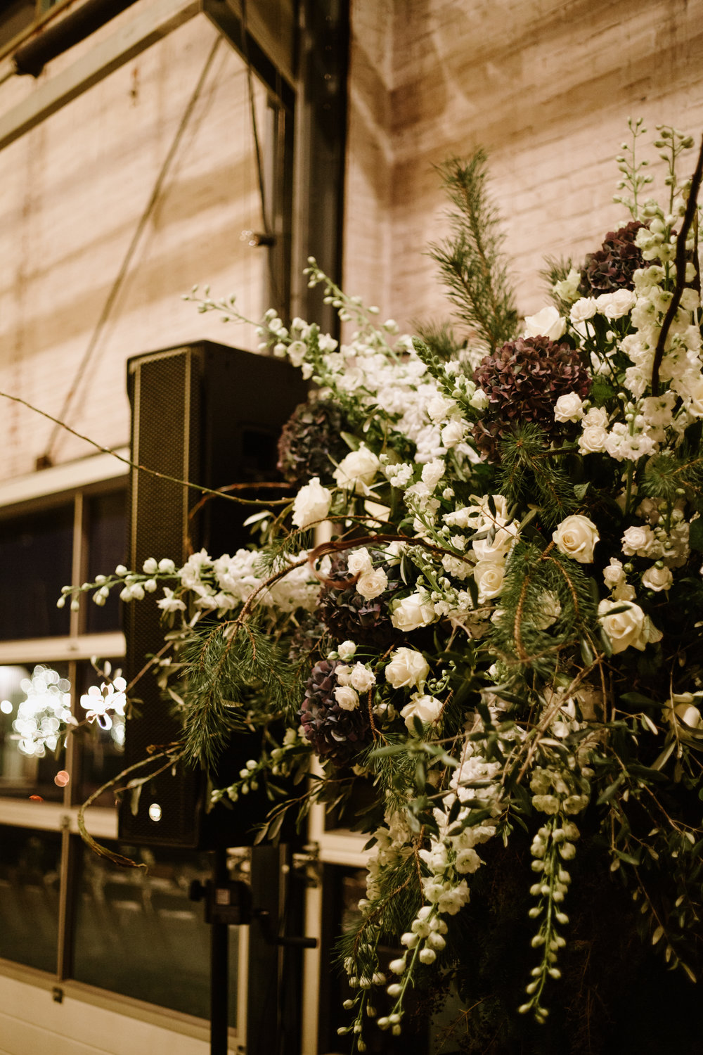 A.P Bloem florist bloemist Amsterdam Kerkstraat wedding Bruiloft trouwen event kerst Christmas gezellig liefde love Ido evenement styling winter trouwinspiratie weddinginspiration weddinggoals shesaidyes arrangement hotel de goudfazant