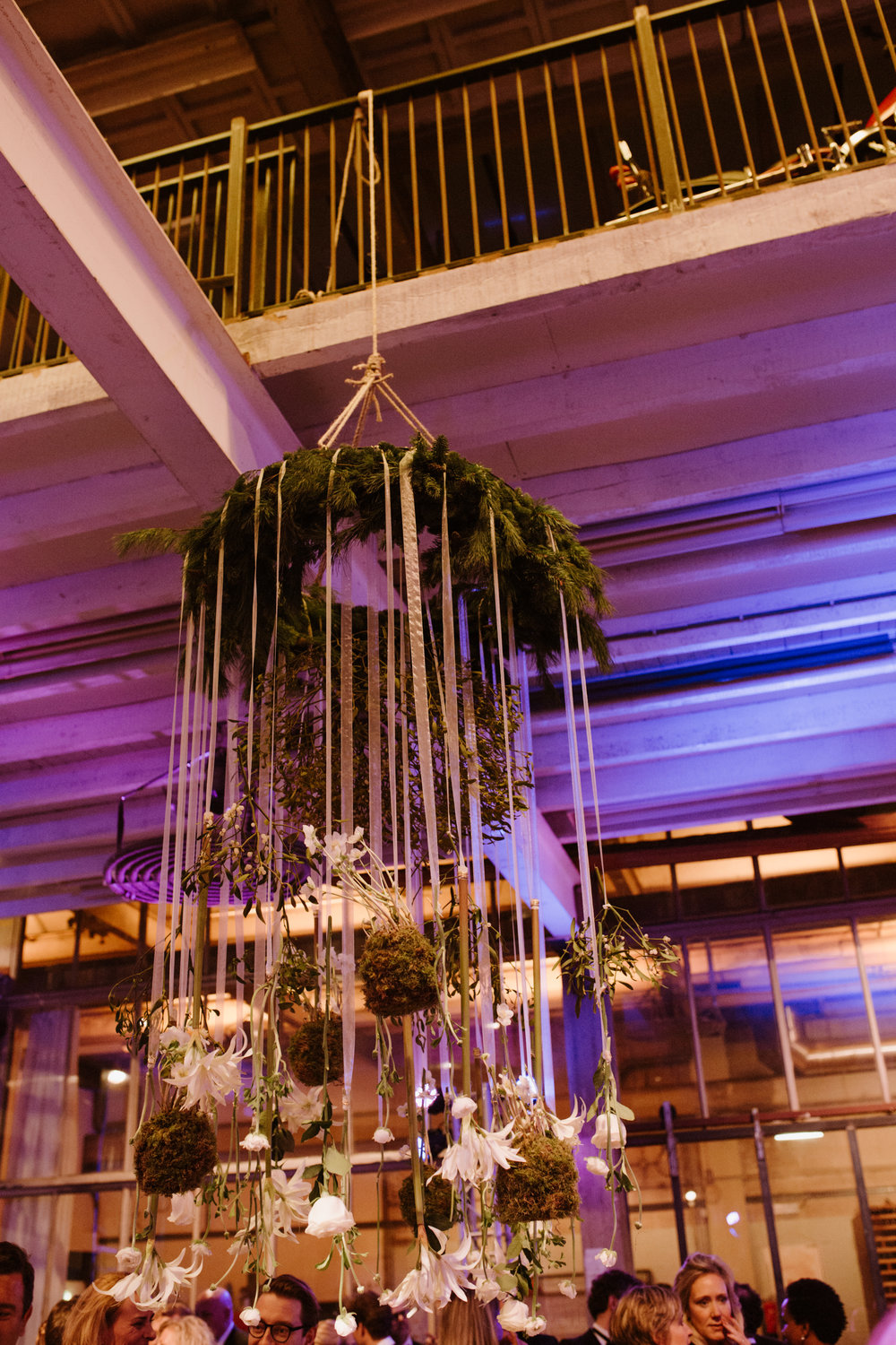 A.P Bloem florist bloemist Amsterdam Kerkstraat wedding Bruiloft trouwen event kerst Christmas gezellig liefde love Ido evenement styling winter trouwinspiratie weddinginspiration weddinggoals shesaid yes arrangement hotel de goudfazant chandelier