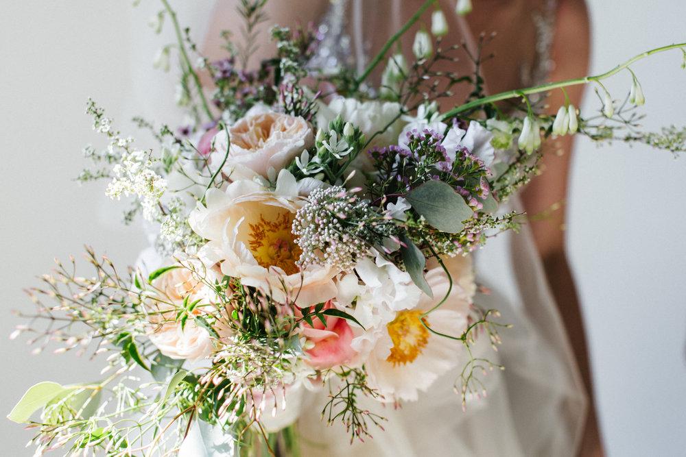 #apbloem #florist #kerkstraat #amsterdam #bridalbouquet #flowers #bloemen #bloemist #flowers #bouquet #boeket #arrangement #photoshoot #peony #bruiloft #trouwen #bloemenbezorgen #wedding #love #liefde #event #evenement #garden #tuin #bridalgown #blackandwhite #bruidsjurk #justmarried #bridalcouple #weddingflowers #weddingphotography #weddinginspiration #pastel #bruidsboeket