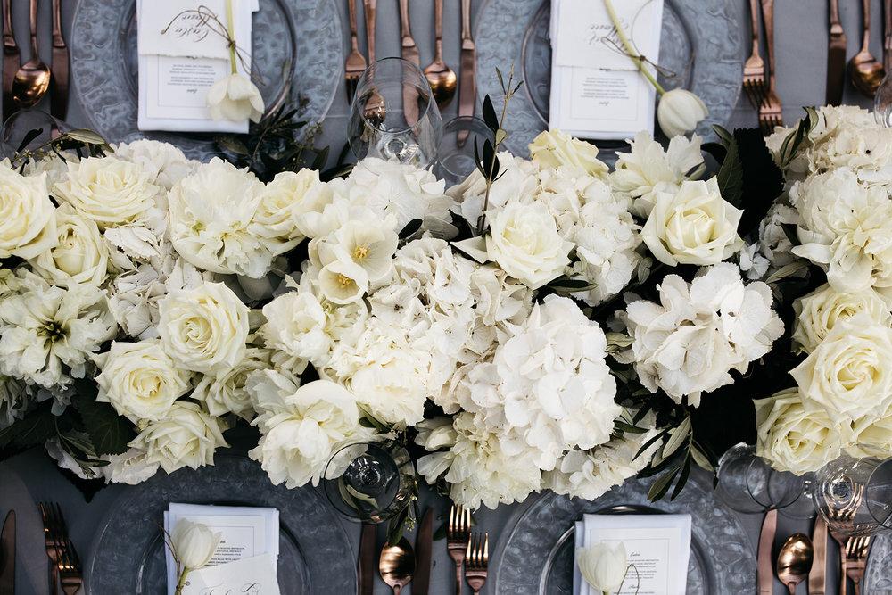 #apbloem #florist #kerkstraat #amsterdam #flowers #bloemen #bloemist #flowers #bouquet #boeket #arrangement #photoshoot #peony #bruiloft #trouwen #bloemenbezorgen #wedding #love #liefde #event #evenement #garden #tuin #bridalgown #bruidsjurk #justmarried #bridalcouple #weddingflowers #weddingphotography #weddinginspiration #white #field #veldbloemen #hortus #garden #greenhouse #dinner #diner
