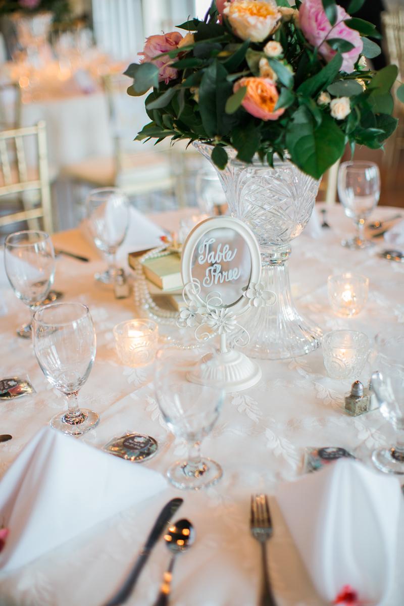 Wedding table decor | Nashville Wedding Photographer | Carla Jane Photography