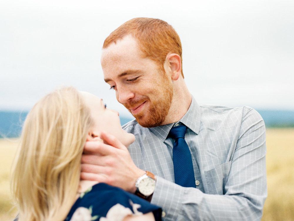 Nashville-Wedding-Engagement-Photographer-Amanda-Brian-6.jpg