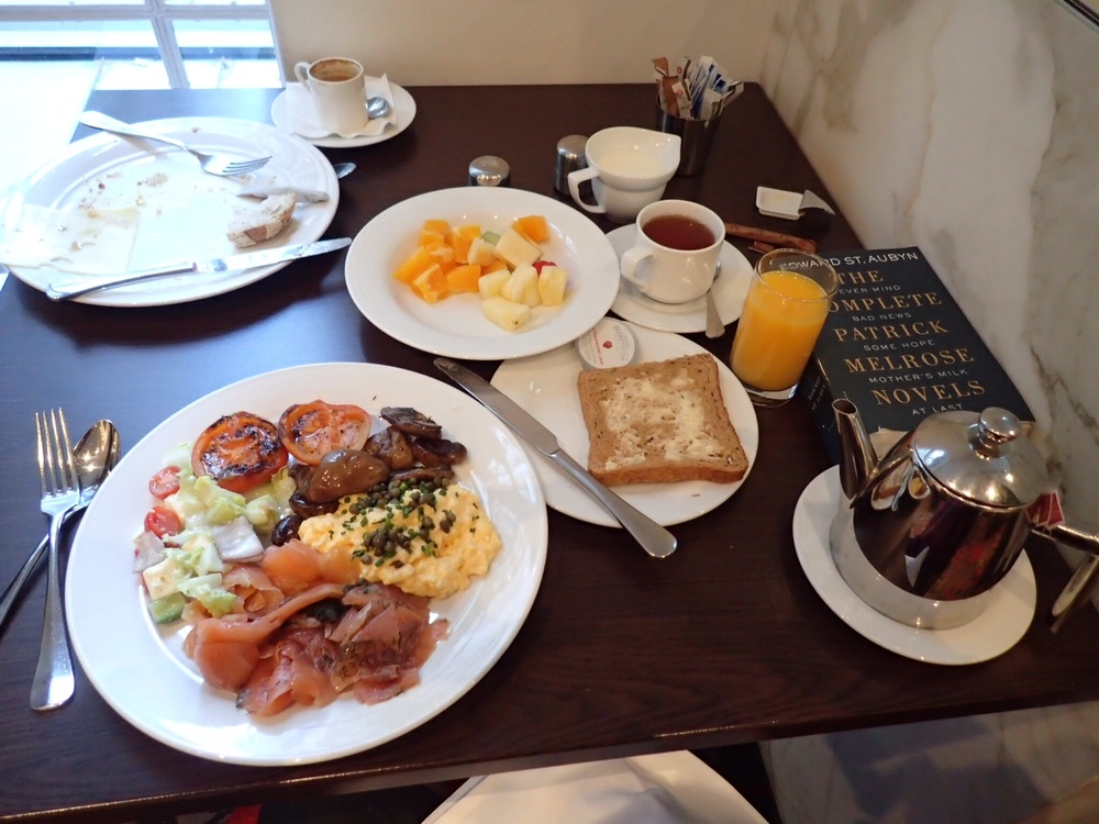 Hotel Breakfast, Round II