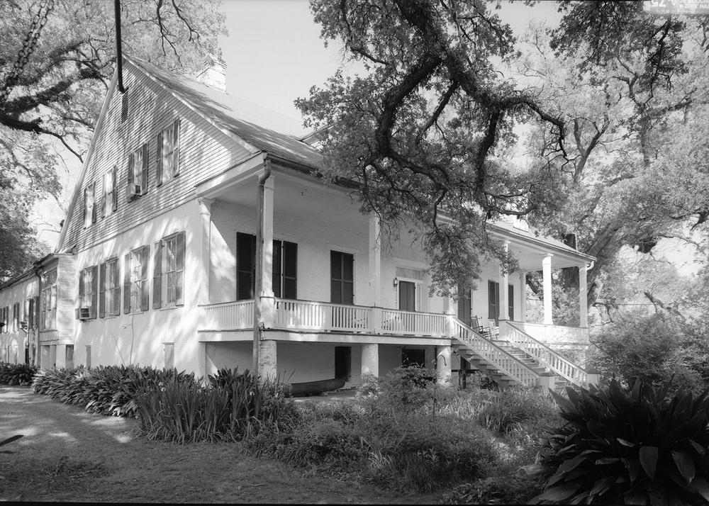 Cane River Main House resized.jpg