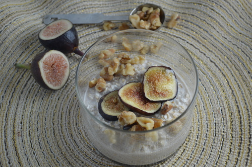 Warm Maple-Fig Overnight Oats