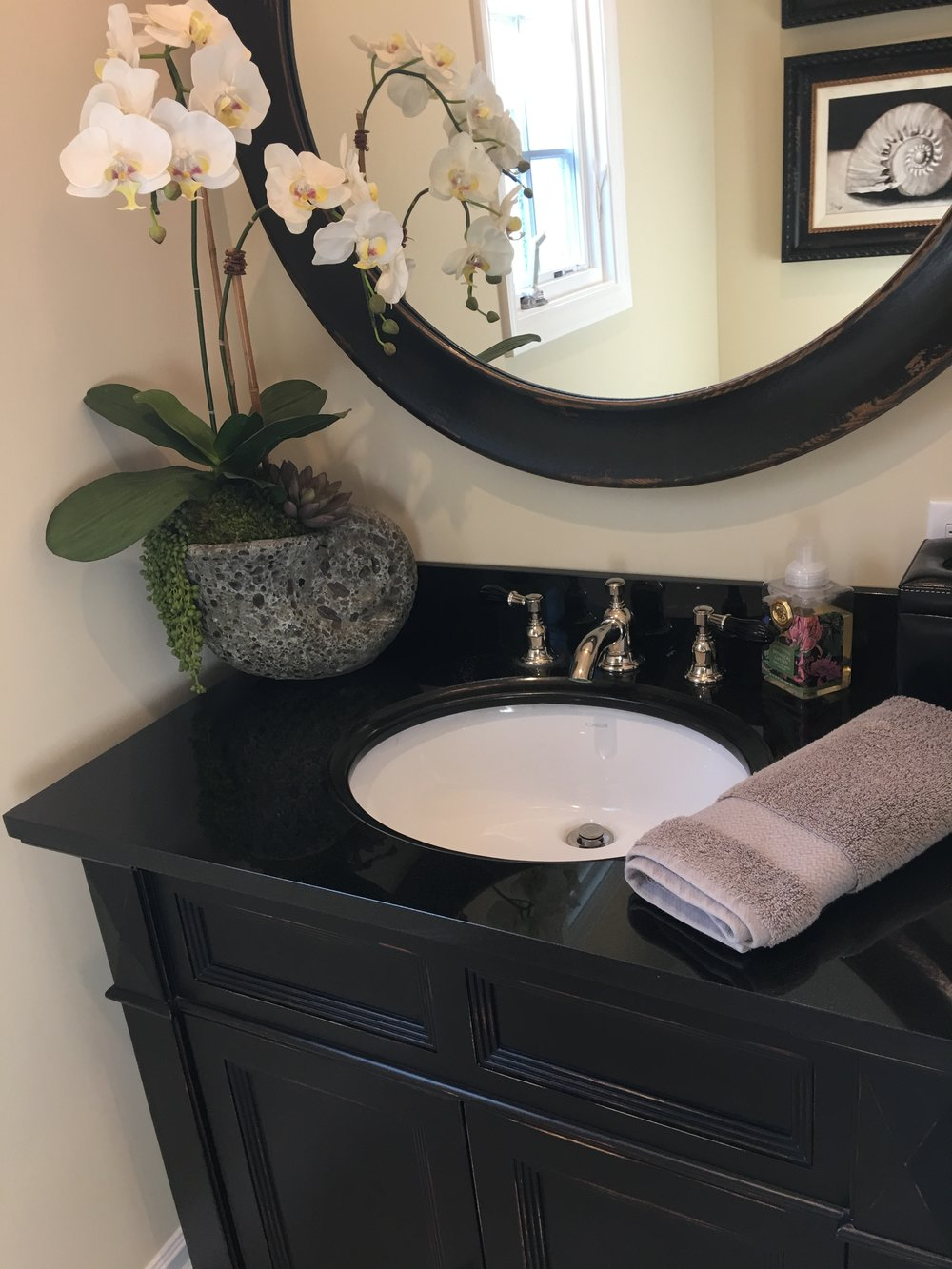 bayshores powder room