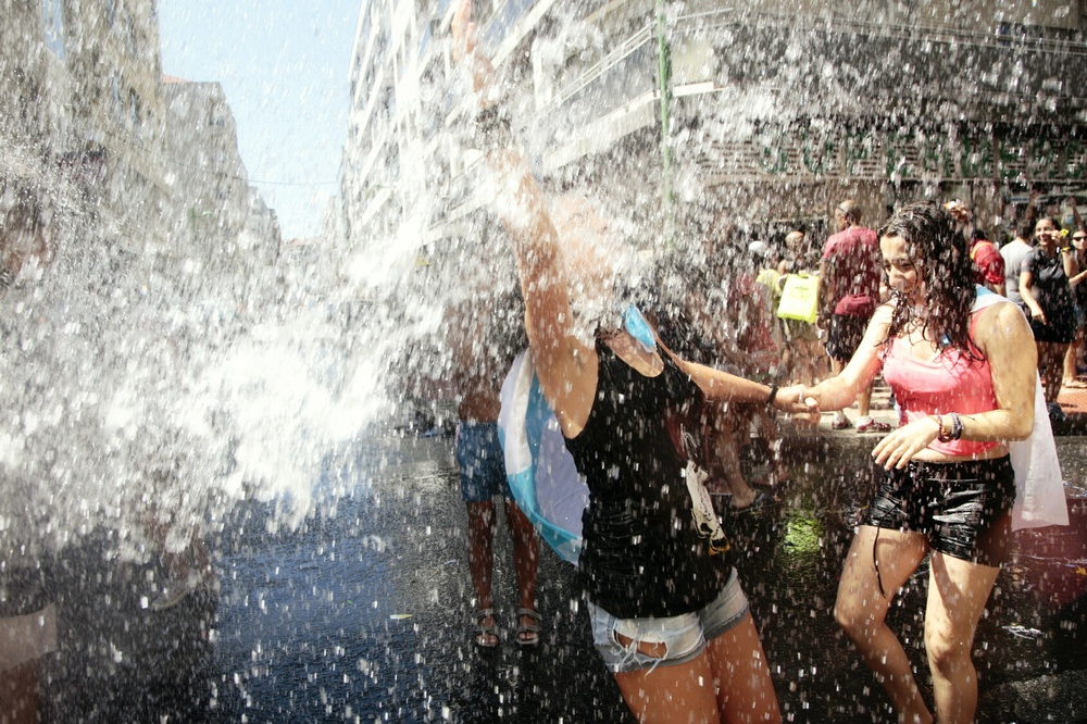Festa da Auga - Vilagarcía 2014 by Beyuve (1).jpg