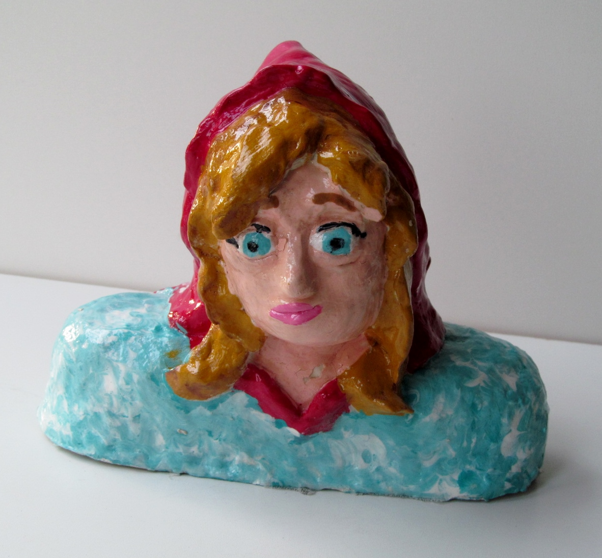 clay bust isabella.JPG