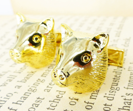Boars Head gold set of cufflinks. Mr & Mrs Renaissance @ MRM-accessories.com