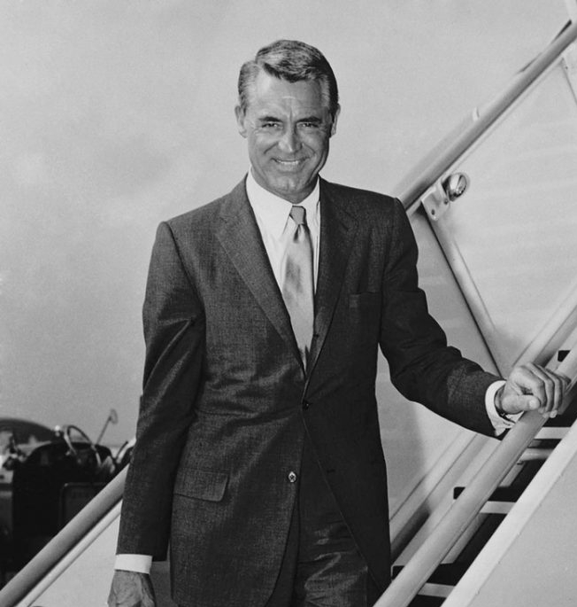 the_man_has_style_cary_grant_style_icon_plane-690x892.jpg