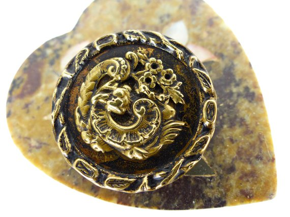 Antique Magnetic scarf pin. Extra strong magnet for thicker fabrics. Raised floral bloom brass design
