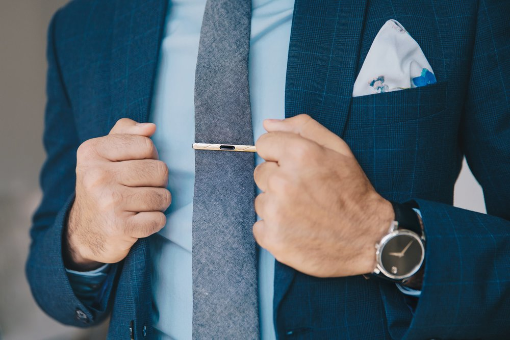 Tie Bar - Nice choice on the clean line, modern tie bar. Pocket square color choice is good but a straight edge would have been a more modern look.